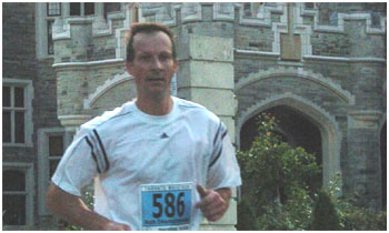 Rob Deutschmann competed in the Toronto Marathon